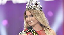 """""""Miss Germany"""" kommt aus Leipzig: 18-jährige Schülerin setzt sich Krone auf"""
