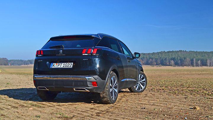 Auch von hinten ist der Peugeot 3008 GT ausgesprochen gelungen.