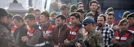 Prozessauftakt unter Schmährufen: Erdogan-Mordkommando steht vor Gericht