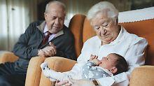 90-Jahre-Grenze wird erreicht: Lebenserwartung nimmt weiter zu