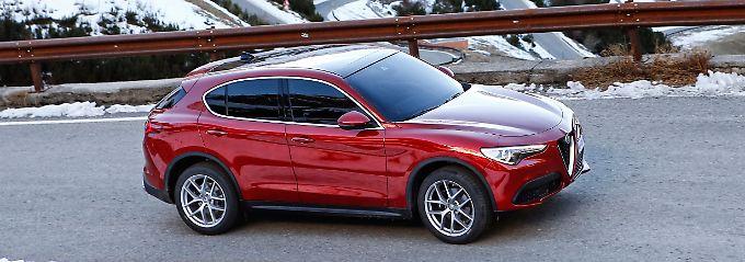 Mit einer Länge von 4,69 Metern parkt der Stelvio größenmäßig ziemlich exakt neben einem Mercedes GLC, Audi Q5 oder BMW X3.