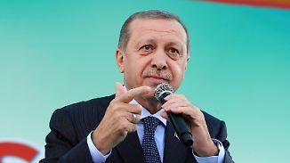 Werbetour für Verfassungsreferendum: Soll Erdogan in Deutschland auftreten dürfen?