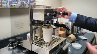Kaffee für die Pressefreiheit: Tom Hanks beschenkt US-Journalisten