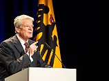 """""""Es macht tief traurig"""": Gauck: Ist Türkei noch eine Demokratie?"""
