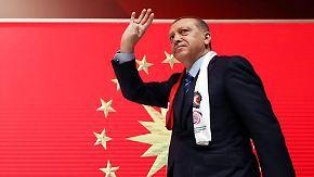 Kommunen sehen Merkel in der Pflicht: Streit um Auftritte türkischer Minister schwelt weiter
