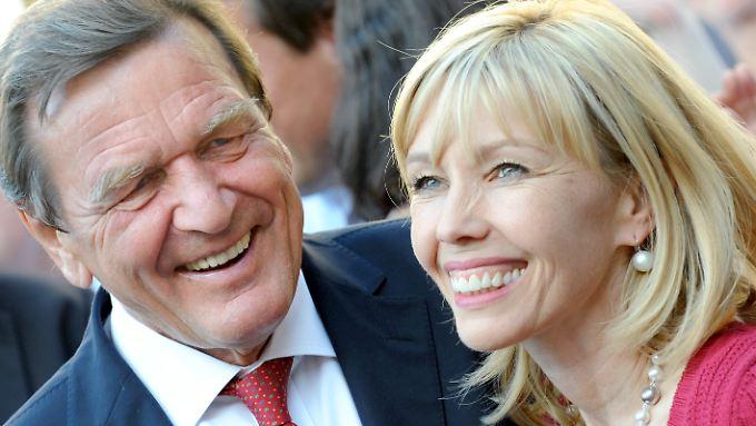Seit Herbst 2016 lebt der ehemalige Politiker in Scheidung.
