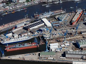 Gelände der Werft Blohm+Voss am Hamburger Hafen.