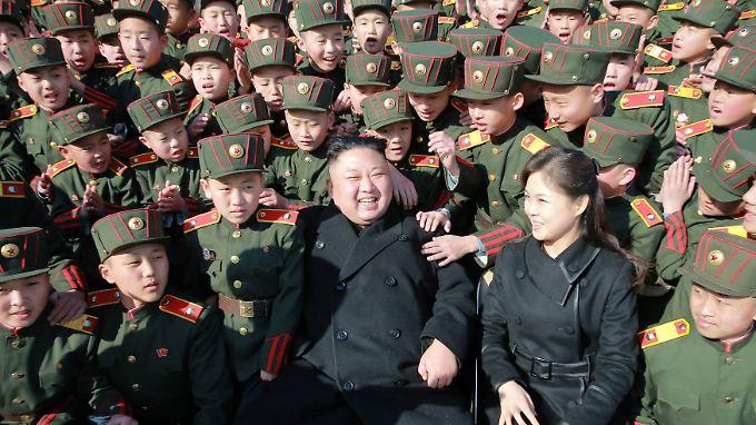 Nordkoreas Machthaber Kim Jong Un genießt die Zuneigung seines Volkes - und den Rückhalt Chinas.