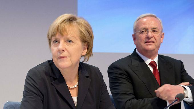 Hat Angela Merkel beim Abgas-Skandal weggesehen?