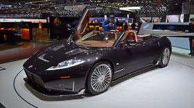 Mit dem C8 Preliator wartet Spyker in Genf auf.