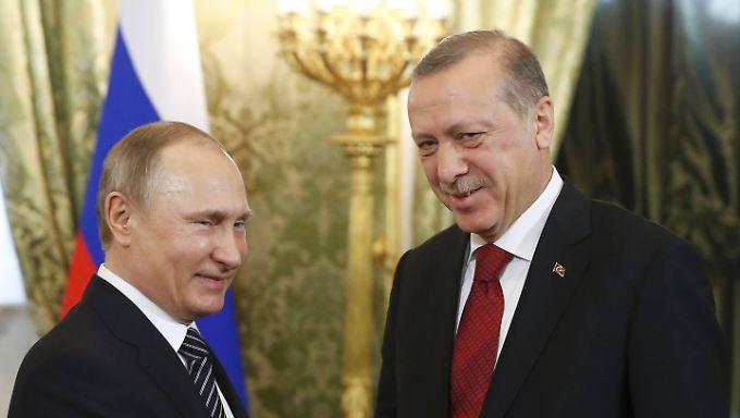 Auf einer Wellenlänge? Erdogan und Putin zelebrieren eine Freundschaft, von der beide profitieren.