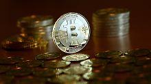 Digitalwährung bricht ein: US-Börsenaufsicht lehnt Bitcoin-Fonds ab
