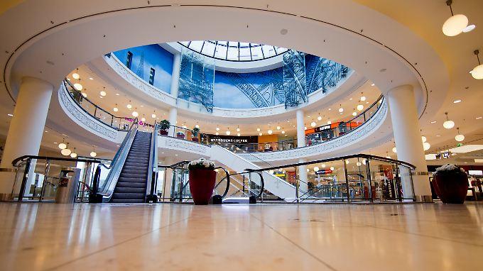 anschlagsdrohung in essen einkaufszentrum am limbecker platz bleibt geschlossen n. Black Bedroom Furniture Sets. Home Design Ideas