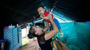 Wiege neben Waffen: Kolumbiens FARC-Rebellen sorgen für Babyboom