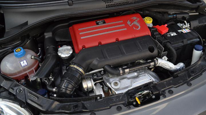 Kleiner Motor, große Leistung: Aus dem 1,4-Liter-Vierzylinder holen die Italiener 180 PS raus.