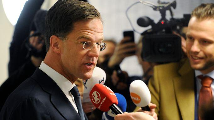 Mark Rutte gab seine Stimme in Den Haag ab.