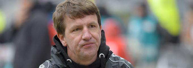 Die Nullnummer gegen den FC St. Pauli kostet Daniel Stendel nun seinen Trainerjob bei Hannover 96.