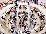 Shopping mit Briefkastenfirmen: Russland nutzt Einzelhandel für Geldwäsche