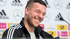 """""""Highlight war die WM 2006"""": Lukas Podolski gibt letzte Pressekonferenz"""