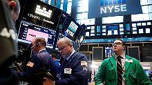Zweifel am Trump-Boom: US-Aktienmärkte sacken ab