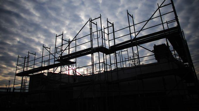Angesichts steigende Mieten und niedriger Zinsen ist Hausbauen derzeit angesagt.
