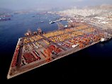 Der Containerhafen von Piräus.
