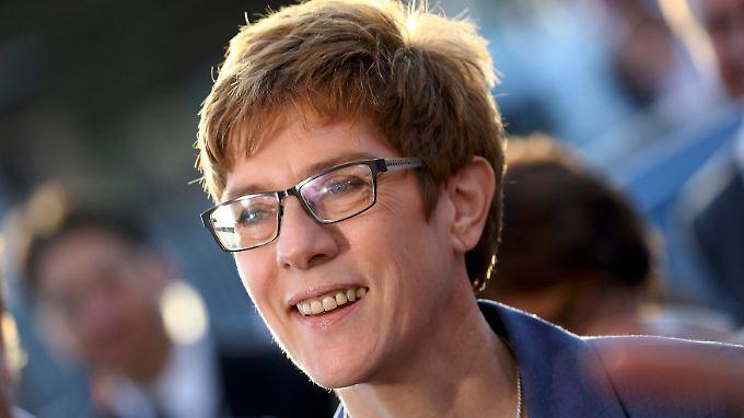 Annegret Kramp-Karrenbauer bleibt Ministerpräsident des Saarlands.