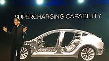 """Tesla-Gründer Elon Musk will sein Prestigeprojekt """"Model 3"""" unter anderem mit frischem Geld aus China realisieren."""