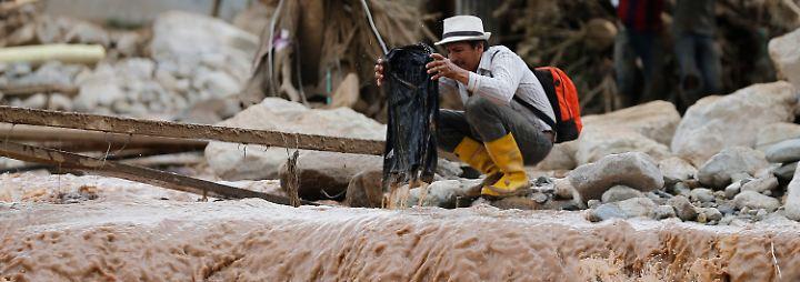 Mehr als 250 Tote in Kolumbien: Eine Stadt wird unter Schlamm begraben