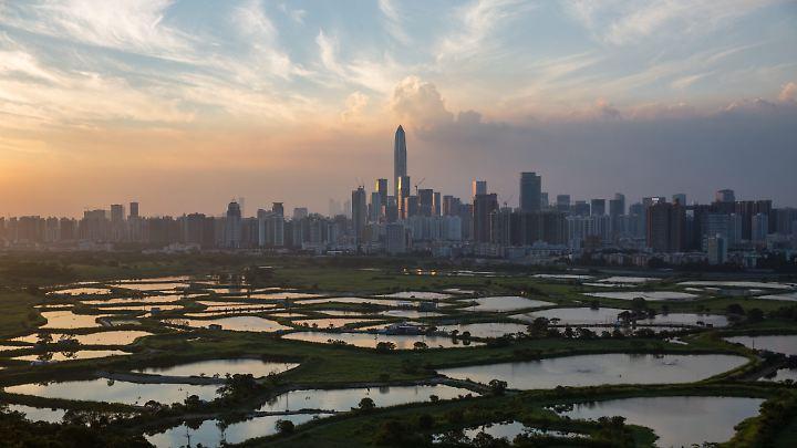 Vorbild für die neue Megacity ist Shenzhen bei Hongkong. Vor 30 Jahren war hier nur ein kleines Fischerdörfchen.