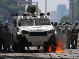 Venezuela-Opposition protestiert: Massenproteste münden in Gewalt