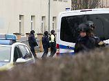 Der Mann soll bereits im Februar mit einer Bombendrohung einen Großeinsatz am Bildungs- und Technologiezentrum in Borsdorf ausgelöst haben.