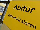 Mehrere Bundesländer betroffen: Einbrecher knacken Tresor mit Abi-Fragen