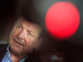 Frank Bsirske kämpft um eine Stärkung der Tarifbindung.