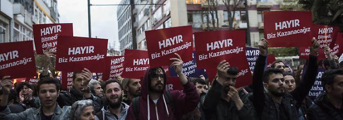 Eingeschränkte Grundrechte: Türkei verlängert Ausnahmezustand