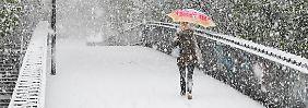 Behinderungen und Unfälle: Es schneit wieder - A2-Abschnitt gesperrt