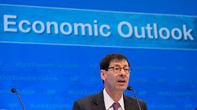 Schäuble muss sich rechtfertigen: Deutscher Exportüberschuss sorgt international für Kritik