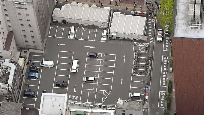 Auf diesem Parkplatz schlugen die Täter zu.