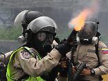 Eskalation in Venezuela: Caracas erlebt Protestnacht mit vielen Toten