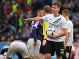 2. Bundesliga im Überblick: Hannover stolpert in Aue, Bielefeld wankt
