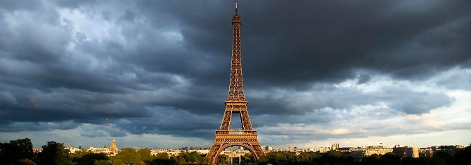 """""""Tout sauf Le Pen"""": In Paris sind sich die europafreundlichen Kräfte einig."""