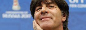 Bundestrainer Joachim Löw hat gut Lachen - denn die Gegner haben großen Respekt vor seinem Team.