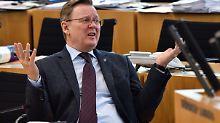 Rot-Rot-Grün in Thüringen: Ramelows Koalition hängt an Ex-AfDler