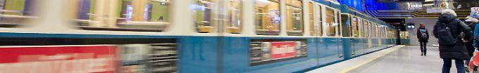 Der Tag: 15:02 Mann wird von Fremder vor U-Bahn geschubst