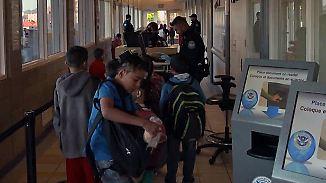 Außergewöhnlicher Grenztourismus: Trumps Mauerpläne bedrohen mexikanische Schüler