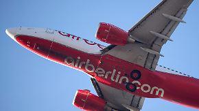 Mögliche Wege aus der Krise: Air Berlin schreibt weiter tiefrote Zahlen