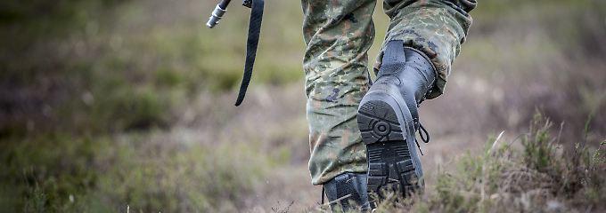 """""""Abstoßend und widerwärtig""""?: Die heikle Klage der entlassenen Soldaten"""