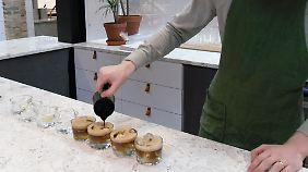 "Trend auch in Malmö: Espresso mit Tonic am ""Koppi""-Stand in der Saluhall."