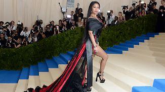 Promi-News des Tages: Nicki Minaj bezahlt Uni für Vorzeigefans