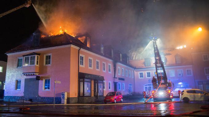 Diese Flüchtlingsunterkunft in Bautzen wurde im Februar 2016 Ziel eines Brandanschlags.